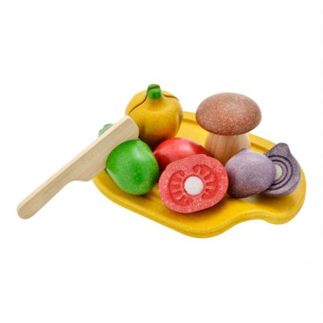 ASSORTED VEGETABLE CUTTING SET