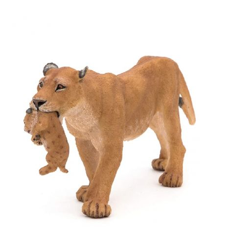 LIONESS WITH CUB FIGURINE
