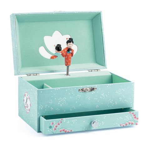 AIKO'S MELODY MUSIC BOX