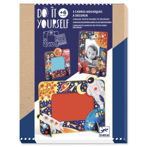 DO IT YOURSELF ACTIVITY SET: COSMIC SPACE PHOTO FRAMES TO CREATE